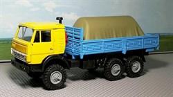 RUSAM-KAMAZ-4310-11-460 Автомобиль КамАЗ 4310 бортовой гружёный (жёлто-голубой) (зеркала), 1:87, 1979, СССР - фото 13486