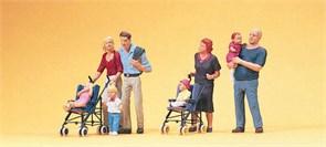 10494 Родители с колясками