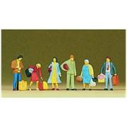 10114 Люди с чемоданами, сумками
