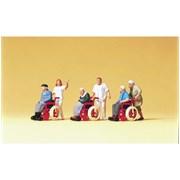 10479 Инвалиды в колясках